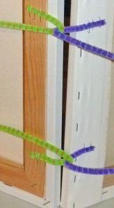 display hinge