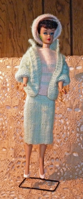 doll's knit outfit