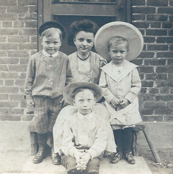 antique photo of children with hats