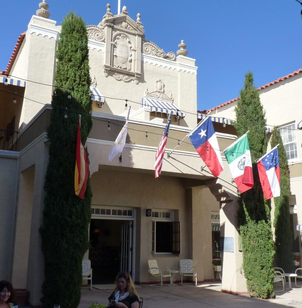 Paisano entrance