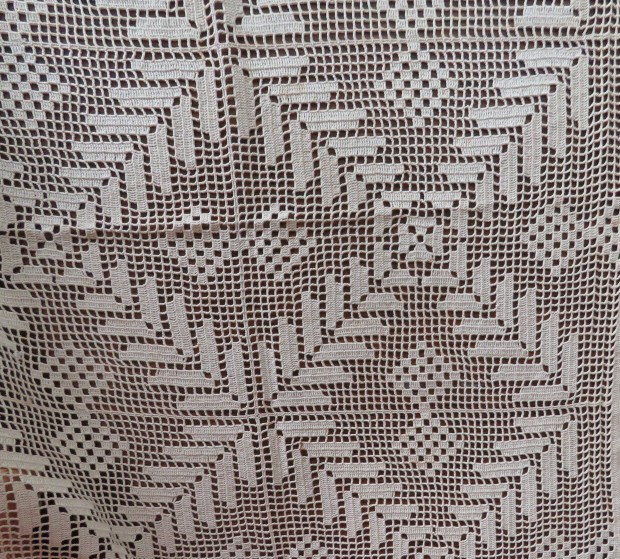 Lacy tablecloth #2 - just geometric.