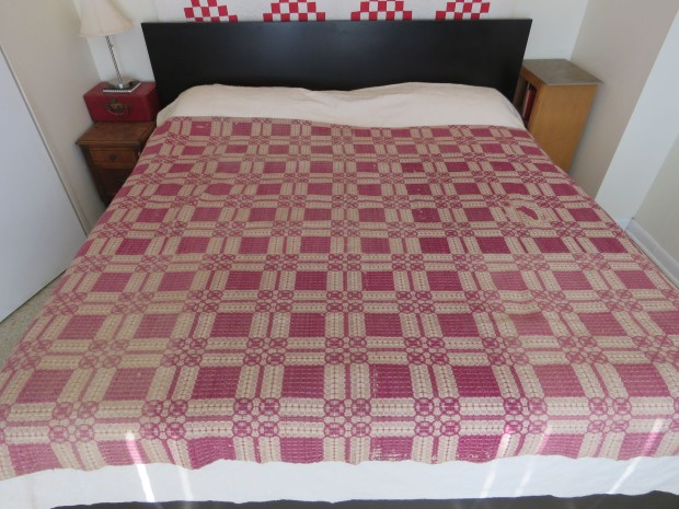 Double Chariot Wheels coverlet.