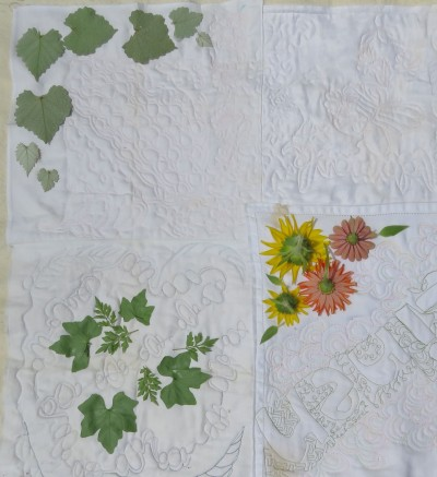 Flowers and leaves to protect part of the fabric from color.