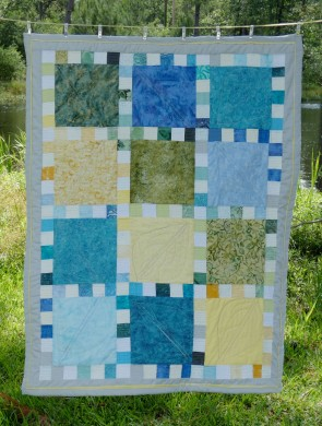 baby quilt with squares