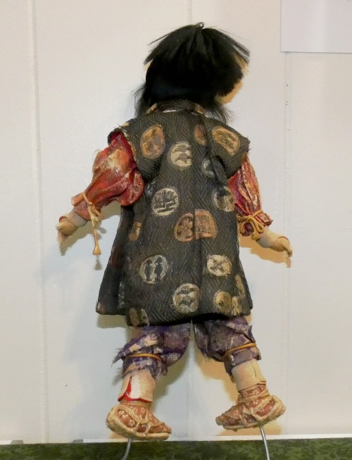 back of vintage doll